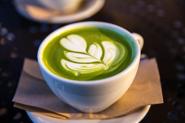 zielona kawa - jaki ma wpływ na organizm